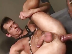 HUNG DADDY TRAINS YOUNGER IN THE ART OF RAW FUCKING