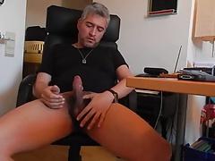 Str8 daddy play