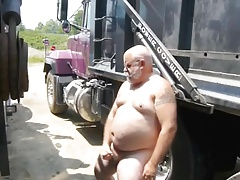 Str8 daddy stroke out of his truck