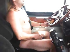 Str8 horny trucker