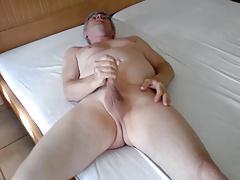 im Bett 2