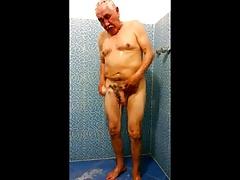 Str8 spy daddy in locker showers