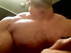 Str8 muscle men flexing and jerking