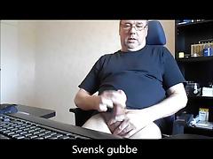 Young swedish (svensk) twink sucks Svensk gubbe in car