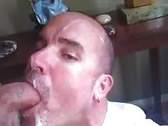 Daddy gets a hot facial