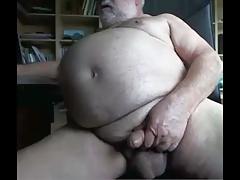 sexy grappa stroke on cam