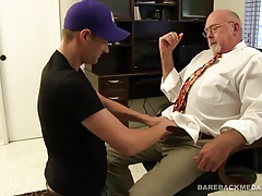 Chuck Collier Bareback Fucks AJay Hunter