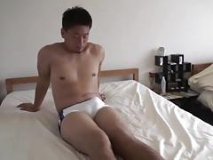 Japanese Guy makes Kong Cum 3 Times
