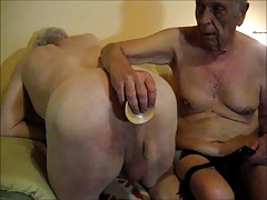 Silverhaired gay dildo and assfucking