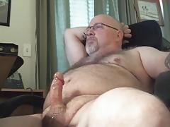 Beefy Hairy Dad Masturbation