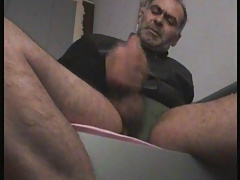 big dick daddy jerking off with condom