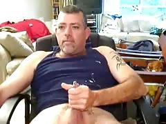 Daddy bear jerking and cumming