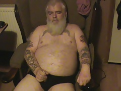 Another video of fat old man wanking