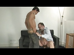 daddy bear fuck younger guy