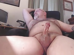 Garrett Cums on Webcam