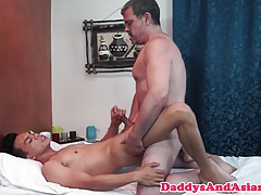 Massaged daddy rimmed by pinoy twink