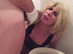 PATRICIA JOHNES SISSY DRINKING MASTER PISS