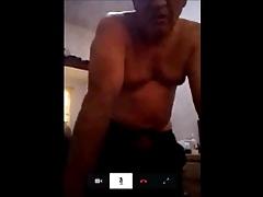 ecuadorian horny daddy