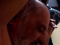 masturbando el abuelo
