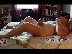 Thick Dick Daddy Jerks Off & Cums a Nice load
