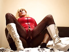 no.107 Xhamster fan fucks porn star Suleika Latex in the ass