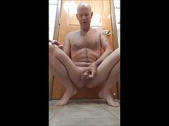 Cumming on camera