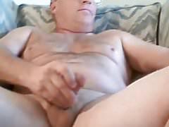 Horny daddy bear 30518