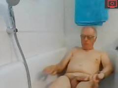 grandpa jerking off and cum in bath