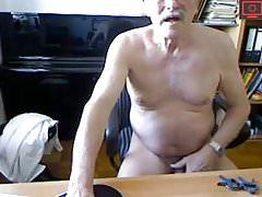 grandpa jerk off & ass show