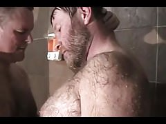 cruising...bear daddy goes to gym shower