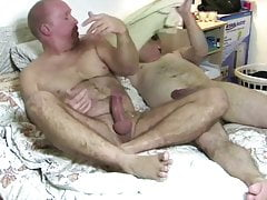 Afternoon Sex - Sucking Dick and Getting Fucked
