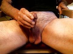 Mature man cumming in a motel room