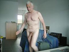 Mondobay nude playing cock