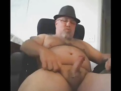 Fedora Bear Cums