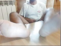 guys feet on webcam male feet pies masculinos